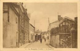 85 - LE BOUPERE - La Grande Rue - Otros Municipios