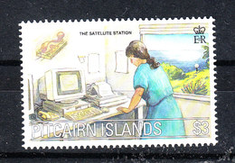 Pitcairn  -  2000. Operatrice Al Computer. Computer Operator. MNH - Professioni