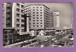 """CASABLANCA,L'AVENUE DE LA RÉPUBLIQUE ET LES HÔTELS """"EL MANSOUR"""" ET """"MARHABA"""".CARTE OFFERTE PAR LA """"SABENA"""". - Casablanca"""