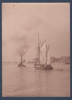 """Petite Photo.Bateau. Le Havre, Remorqueur Et Voilier """"Bynamine"""". - Bateaux"""