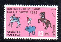 APR1760 - PAKISTAN 1963 , Serie Yvert N. 173   ***  MNH  (2380A) Cavalli Horse - Pakistan