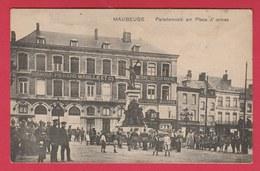 Maubeuge - Carte Allemande ....Parademusik Am Place D'armes ( Voir Verso ) - Maubeuge