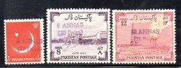 APR1791 - PAKISTAN , Tre Valori Diversi Con Soprastampa A Mano ***  MNH (2380A) - Pakistan