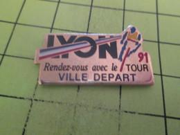 SP15B Pin's Pins / Beau Et Rare : THEME : SPORTS / CYCLISME TOUR DE FRANCE LYON VILLE DEPART - Cycling