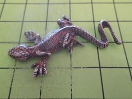 SP06 Pin's Pins / Beau Et Rare : THEME : ANIMAUX / GRAND LEZARD METAL ACIER - Animals
