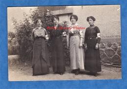 CPA Photo - Beau Portrait De Femme De La Grande Guerre - Infirmiére ? Personnel Civil ? - Brassard Medical Croix Rouge ? - War 1914-18