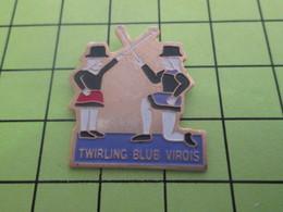 816A Pin's Pins / Beau Et Rare : THEME : ASSOCIATIONS / TWIRLING BLUB (sic !!) VIROIS VIRE CALVADOS - Associations