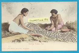 OCEANIE**** Fidji Island - Making Tappa,Fiji (colorisée) - Fiji