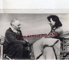 87- EYMOUTIERS- MADELEINE CHAPSAL ET JEAN GIONO - RARE PHOTO ORIGINALE 1985 - Personalidades Famosas