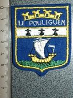 ECUSSON  TOURISTIQUE TISSUS  LE POULIGUEN - Blazoenen (textiel)
