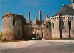 49.  MARTIGNE BRIAND . Entrée Du Château . - Autres Communes