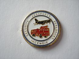 20190713-3110 SAPEURS POMPIERS SECURITE INCENDIE SAUVETAGE AEROPORTS - Firemen