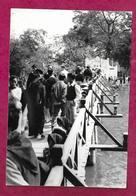 Ancienne PHOTO De PRESSE De 1951 Un Pont Au VIET-NAM, INDOCHINE, à Localiser... CACHET Du Photographe Au Dos..2 Scans - Places