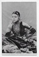 A Lady Og High Rank - Moorli Dhur 32 - India