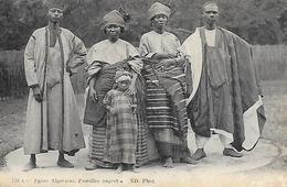 Algérie )  Types Algériens Familles Nègres - Plaatsen