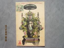 CPA  SAIGON   Viêt Nam - Curieux Sujet En Bois Sculpté Dans Une Pagode édit. A.F.Decoly N:373  Vers 1910 - Viêt-Nam