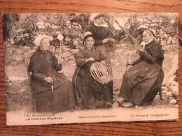 CPA, La Corrèze Illustrée, Types Et Scènes Champêtres, Groupe De Campagnardes, 1920, écrite - France