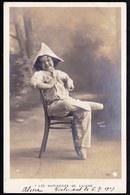 SUPERBE CARTE PHOTO JOLIE FILLETTE - Chapeau De Papier   - CIRCULEE 1908 - Walery Paris - Abbildungen