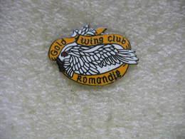 Pin's Du Goldwing Club De Romandie En Suisse - Motorbikes