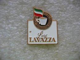 Pin's Du Café Luigi LAVAZZA, Le Gout Authentique Du Café Italien - Beverages