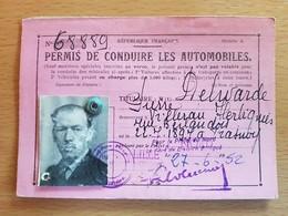 HERBIGNIES 1930 Permis Motocyclette Et Un Permis Automobile MONSIEUR DELWARDE PIERRE. - Vieux Papiers