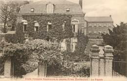 59 - Gondecourt - Ecole Primaire Supérieure De Jeunes Filles - La Façade - Voir Scans Recto-Verso - Otros Municipios