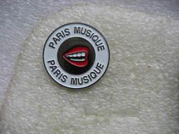 Pin's Paris Musique, Sourire Aux Levres - Música
