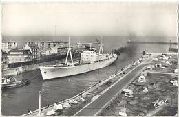 CPSM Dieppe Le Bananier Entrant Au Port - Commerce