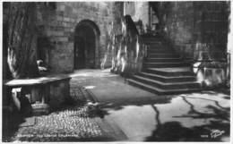 SKIPTON - THE CASTLE COURTYARD  ~ AN OLD POSTCARD #94641 - England