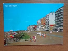 Nieuwpoort - Nieuport / Strand En Zeedijk -> Beschreven - Nieuwpoort