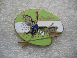 Pin's D'une Belle Peinture Réalisée Par L'artiste Peintre Ana Clerc Sur Une Palette De Peinture - Badges