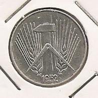 GERMANY ALLEMAGNE ALEMANHA 5 PFENNIG 1952 E 243 - [ 6] 1949-1990 : GDR - German Dem. Rep.