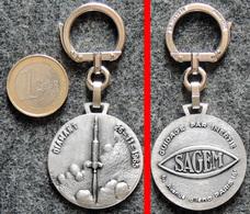 ESPACE - AUGIS Porte-clé Ancien NEUF Aérospatiale Fusée DIAMANT 1965 Guidage à Inertie SAGEM - Porte-clefs