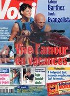 VOICI N° 560-3 AOUT 1998- JOHNNY HALLYDAY - FABIEN BARTHEZ-LINDA EVANGELISTA-NAGUI-MICK JAGGER-STEPHANIE MONACO-DUCHOVNY - People