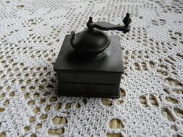 Miniature Collector En étain Moulin Café - Etains