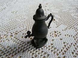 Miniature Collector En étain Avec Poinçon - Etains