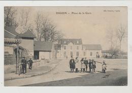Saône Et Loire DIGOIN Place De La Gare - Digoin