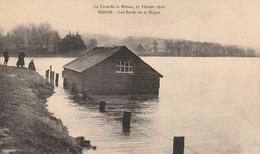La Crue De La Meuse, 23 Février 1910 - Les Bords De La Digue - Sedan