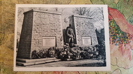 Estonia. Tallinn. MONUMENT TO LIBERATORS (destroyed) - OLD USSR PC 1963 - Animated - Estonia