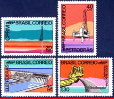 Ref. BR-1218-21 BRAZIL 1972 OIL, MINERAL RESOURCES, IRON,, HYDROELECTRIC DAM, MI# 1312-15, SET MNH 4V Sc# 1218-1221 - Pétrole