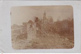 Alte Ansichtskarte Aus Sopockinie Bei Grodno  ( Сапоцкін, Sapockin ) -deutsche Soldaten Vor Zerstörten Häusern- - Belarus