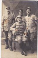 CARTE PHOTO SEPIA - Militaires (Soldats) (N° 105 Sur Le Col) - Fotografia