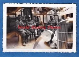 Photo Ancienne D'un Soldat Allemand - COSNE Sur LOIRE - Occupation - WW2 - Officier Devant Une Automobile - Auto - Guerre, Militaire