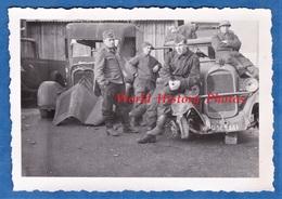 Photo Ancienne D'un Soldat Allemand - FRANCE - Occupation - Aviation - WW2 - Camion Citroen Appareil Photographique - Guerre, Militaire