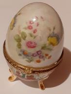 PORCELAIN FINE Eggs  Porcelain Fine,  , Egg Made Of Fine Porcelain, Nice - Eieren