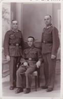 AK Foto 3 Deutsche Soldaten - 2. WK  (42504) - Weltkrieg 1939-45