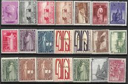 8Bv-708: Restje Van  21 Toeslagzegels..( Met Scharniertje)....verder Uit Te Zoeken... - Neufs