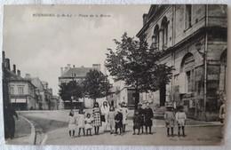 BOURGUEIL  Place De La Mairie - France