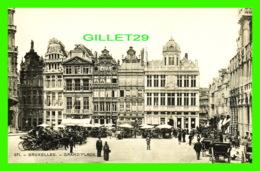 BRUXELLES, BELGIQUE -GRAND'PLACE - TRÈS ANIMÉE - H. M. DOBRERCOURT, UCCLE - - Places, Squares