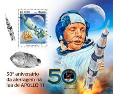 Angola   2019  Apollo 11 Landing On The Moon  ,space   S201905 - Angola